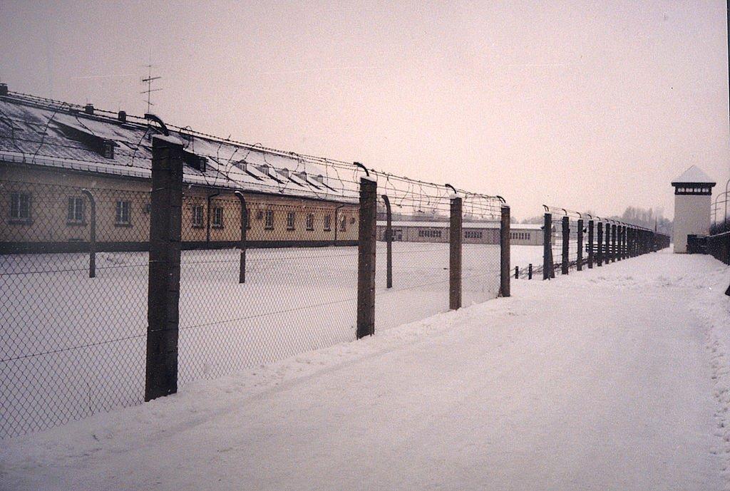 wikimedia-commons-oboz-koncentracyjny