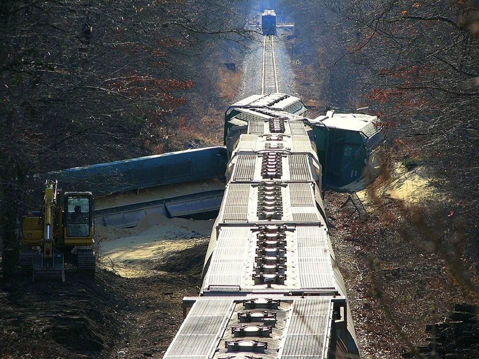 train-crash-396263_960_720